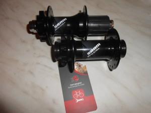 Нові втулки Sram MTH 716 передня (110 мм) і 746 (12х148мм)