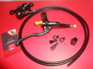 Задні дискові гальма Shimano BR-MT200 - 640 грн