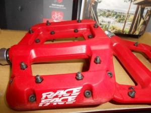 Педалі Race Face Chester червоні - 1400 грн