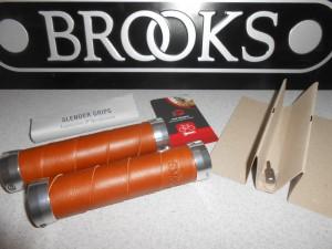 Гріпси Brooks Slender Grips, honey і brown - 2080 грн
