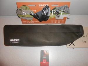 Міжрамна сумка BROOKS SCAPE FRAME BAG - 3230 грн